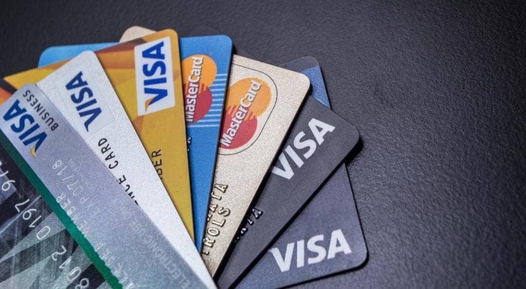 Cartes bancaires: comment faire le bon choix ?